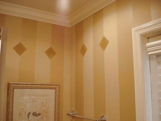 Bathroom Walls - Stripes